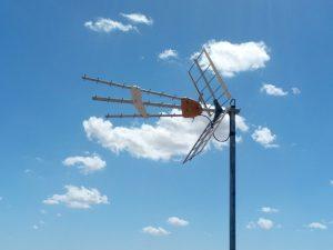 Mantenimiento y Reparación de antenas- Advanced Telecom